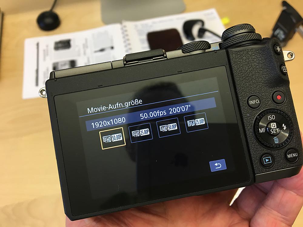 50 FPS bei HD-Qualität ist ausreichend für eine Slomo-Aufnahme und mit vielen Kameras möglich.