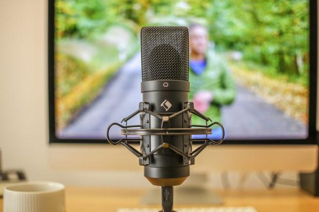 USB-Mikrofon direkt am Mac angeschlossen. - ideal für Voice-Over Aufnahmen.