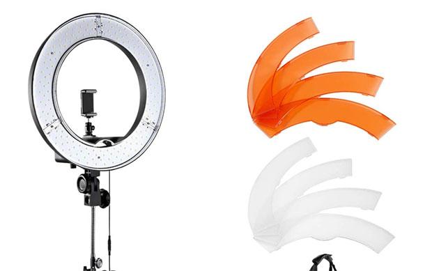 Ringleuchten gehören ebenfalls zu den erschwinglichen kompakten Video-Leuchten.